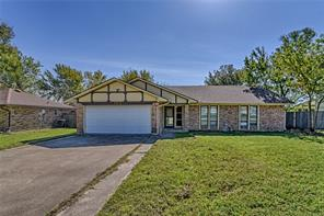 105 Haywood, Benbrook, TX, 76126