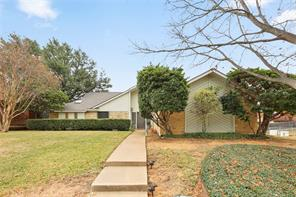 2701 ridge top ln, arlington, TX 76006