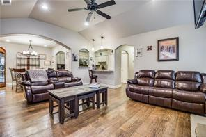 1609 Willow, Euless, TX, 76039