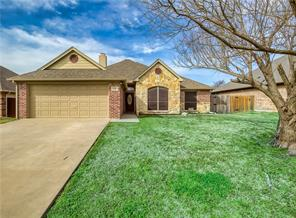 820 Ridgecrest, Aubrey, TX, 76227