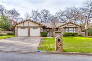 129 Rosamond, Burleson, TX, 76028
