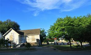 1302 Calhoun, Fort Worth TX 76164