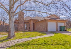 303 Wilshire Ct, Glenn Heights, TX 75154
