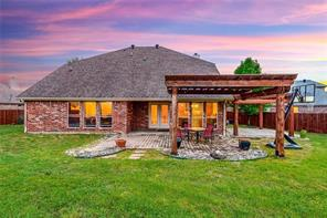 6004 cedar glen ct, grand prairie, TX 75052