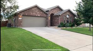 829 Graham, Burleson, TX, 76028