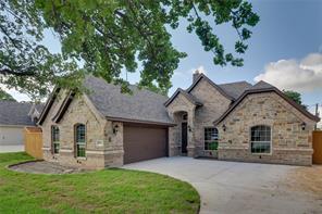 904 Shady Oaks, Kennedale TX 76060