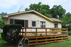 444 Rs County Road 1532, Point, TX 75472