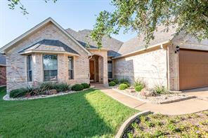 112 Castle Pines Dr, Willow Park, TX 76008