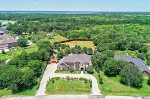695 Melody Ln, Lakewood Village, TX 75068