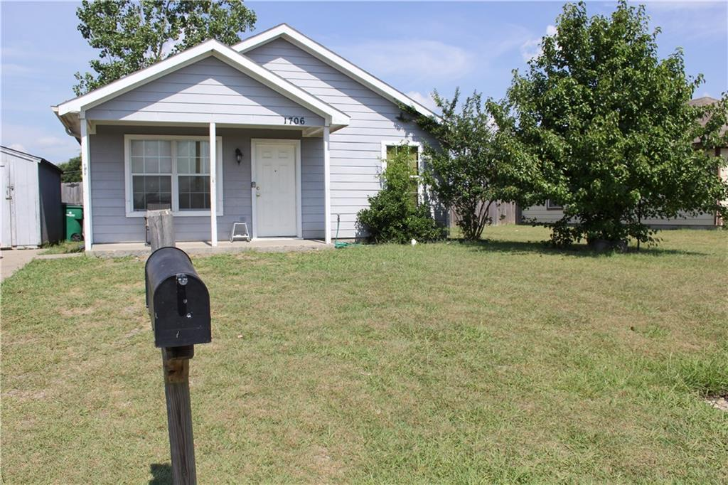 1706 Fred St, Greenville, TX 75401 - HAR com