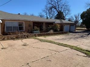 404 Central, Knox City TX 79529