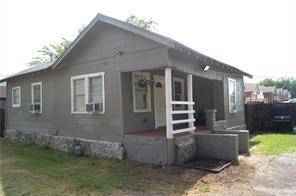5205 Calloway St, Sansom Park, TX 76114