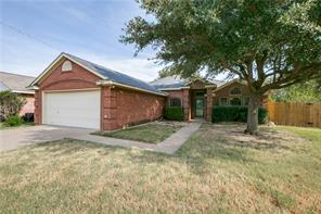 680 Honeysuckle, Cedar Hill, TX, 75104