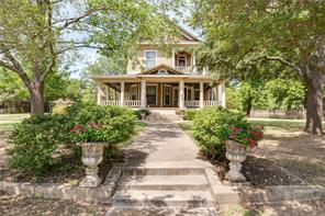 814 s waco st, weatherford, TX 76086