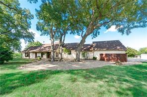 1638 Bluff Springs Rd, Ferris, TX 75125