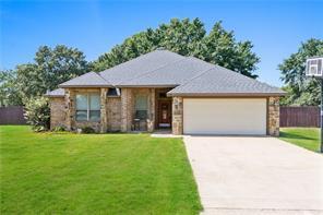 208 Lakeview Cir, Eustace, TX 75124