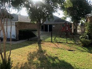 829 Country Club, Grand Prairie, TX, 75052