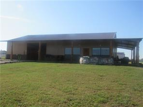 176 County Road 1260, Whitesboro, TX 76273