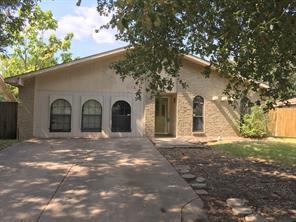 418 Clearwood, Grand Prairie, TX, 75052