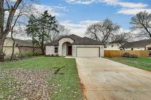 4021 s peachtree rd, balch springs, TX 75180