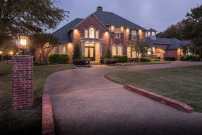 690 Forest Oaks Dr, Fairview, TX 75069