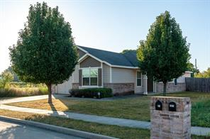 283 Turning Tree Rd, Wilmer, TX 75172