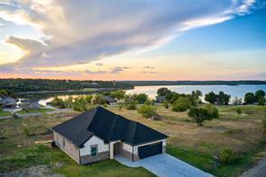 127 Lakeshore, Runaway Bay, TX, 76426