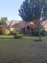 2005 Willow Bend Dr, Oak Leaf, TX 75154