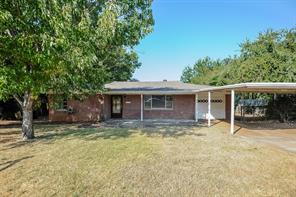 3909 Caddo Trl, Lake Worth, TX 76135