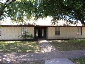 2305 Meadow, Mesquite TX 75150