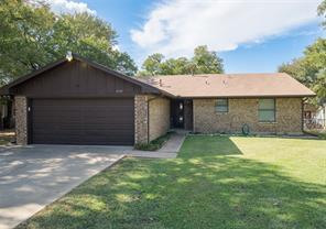 3359 Hiawatha Trl, Lake Worth, TX 76135