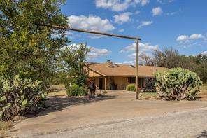2801 Gardner Rd, Hudson Oaks, TX 76087