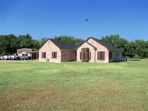 386 County Road 4443, Trenton, TX 75490