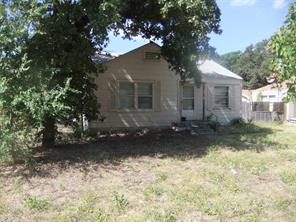1905 Oakwood, Haltom City TX 76117