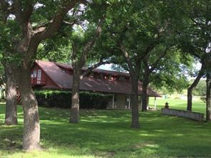 102 Choctaw Trl, Comanche, TX 76442