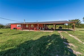 991 Dennis Rd, Whitesboro, TX 76273