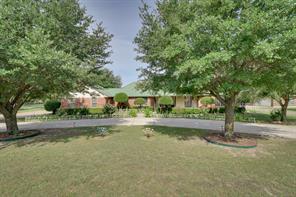 917 Pratt Rd, Red Oak, TX 75154