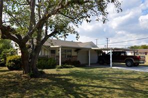 3273 Earle Dr, Haltom City, TX 76117