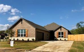 319 Green Meadow Dr, Lakewood Village, TX 75068