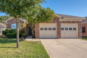 1041 Whistle Stop Dr, Saginaw, TX 76131