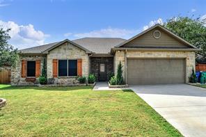 313 Red River Dr, Whitesboro, TX 76273