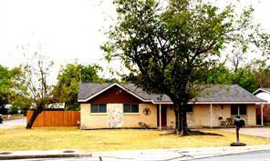 5901 Gayle Dr, Watauga, TX 76148