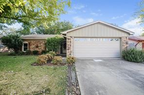 1128 N Knowles Dr, Saginaw, TX 76179