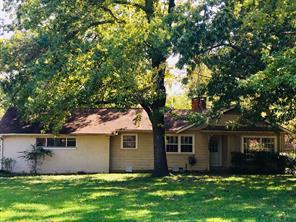 304 Meadow Ln, Bonham, TX 75418