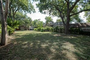 317 Alcalde, Dallas TX 75246