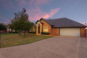 903 Winding, Granbury, TX, 76049