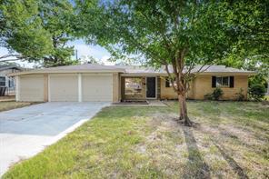 300 Anderson, Hurst, TX, 76053