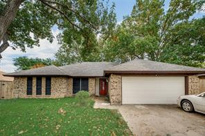 4915 thoroughbred, arlington, TX 76017