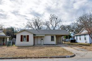 1744 corrin ave, blue mound, TX 76131