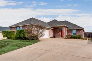 1632 northview dr, grand prairie, TX 75051
